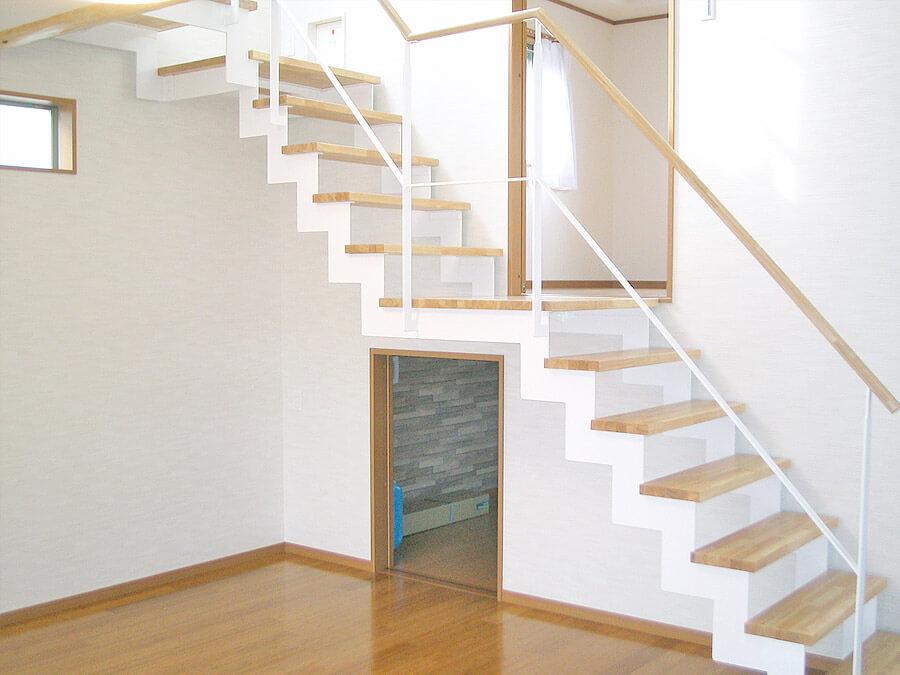 SA様邸階段