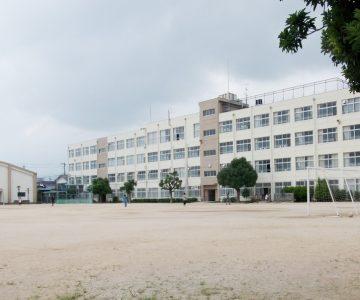東五百住小学校